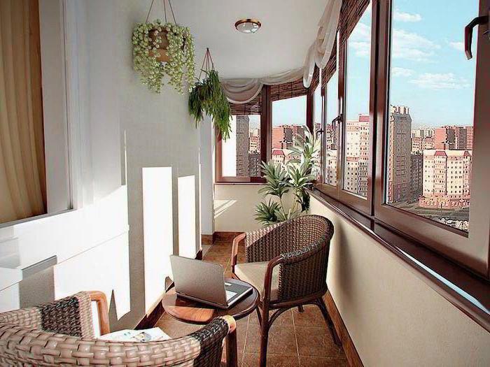 Электрокамин позволит использовать балкон как жилую комнату даже зимой