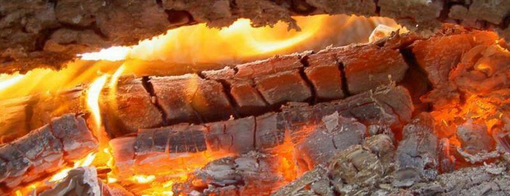 Жар от дров высокой плотности
