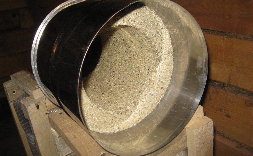 Розрез вермикулитовой трубы для дымохода