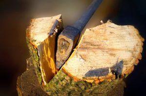 Как и чем колоть дрова