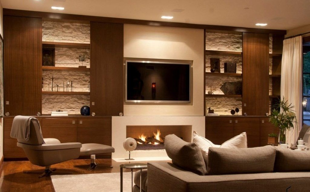 Телевизор и камин в интерьере