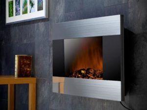 Модель камина, имитирующая огонь на жидкокристаллическом мониторе