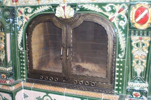 Печные двери с использованием стекла
