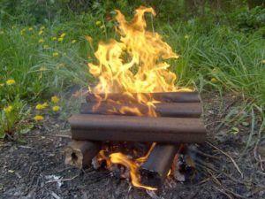 Брикеты можно использовать для розжига костра на пикниках