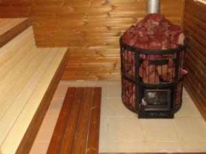 Металлическая печь для бани с открытой каменкой