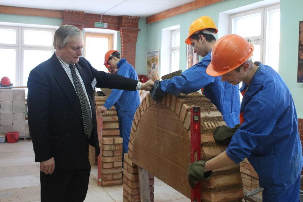 Подготовка профессиональных каменщиков в Молодечненском государственном колледже