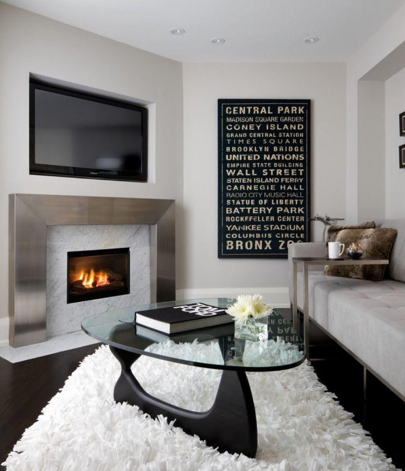 Телевизор и камин в одной гостиной - аргументы «за» и «против»