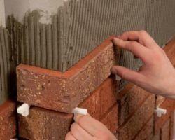 Укладка плитки на камин