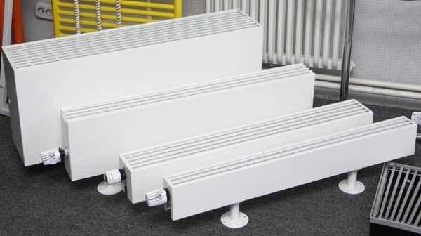 Различные модели напольных водяных конвекторов
