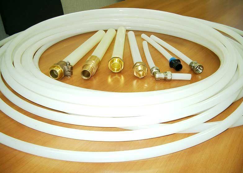 Трубы из сшитого полиэтилена с фитингами для водяного теплого пола