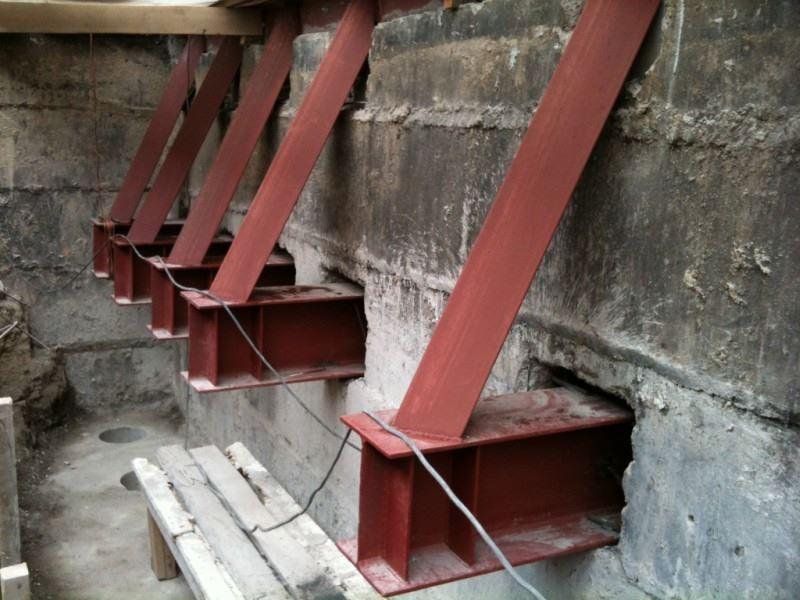 укрепление несущих стен, фундамента